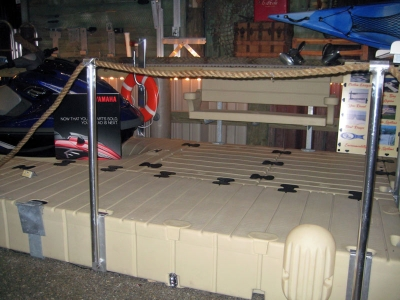 Picture of single Rope Railing Stand (uses a single rope).