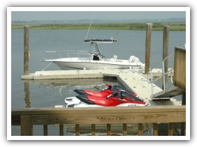 walk-around platform allowing easy access to boats and PWCs