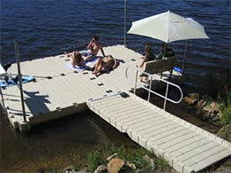 Picture of polyethylene EZ Dock ramp